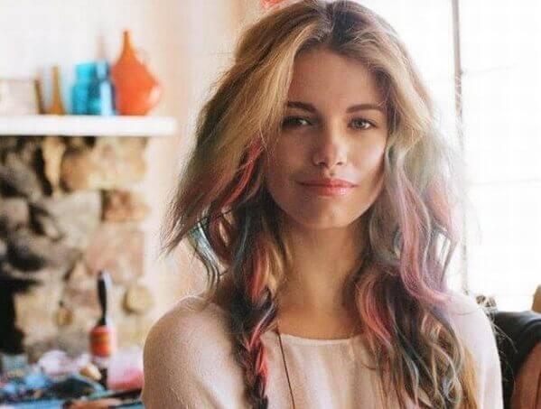 Kiểu tóc hightlight nhuộm theo lọn tóc - tóc móc lai đẹp, tóc đen móc light tóc màu nào đẹp