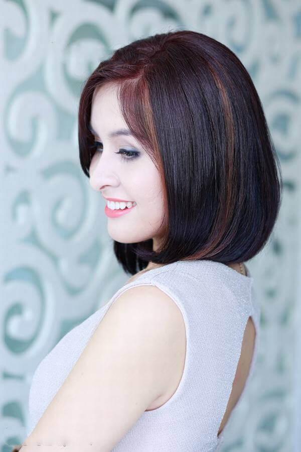 Hãy sự kết hợp giữ kiểu tóc bob uốn phồng đuôi với màu light gam màu vàng - tóc móc lai đẹp, tóc đen móc light tóc màu nào đẹp