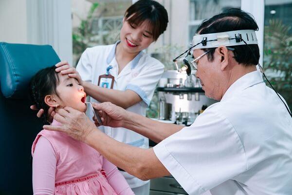 Trung bình cứ 2 đứa trẻ lại có 1 bé bị mắc bệnh tai, mũi, họng