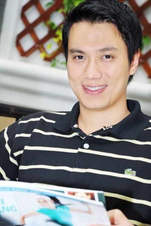 Có lẽ vì sở hữu gương mặt điển trai và chiếc răng khểnh đáng yêu mà Việt Anh có thể đảm nhận tốt rất nhiều dạng vai, từ công tử sành điệu, ăn chơi, lạnh lùng cho tới một chàng trai hài hước, hóm hỉnh.