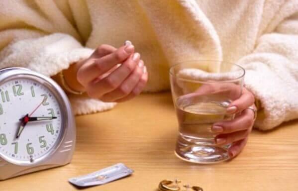 Những quan niệm sai lầm về thuốc tránh thai loại 1 viên 72h
