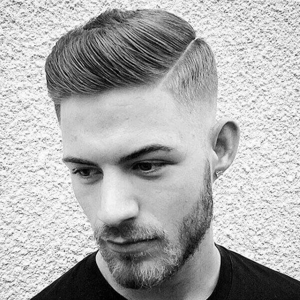Kiểu tóc Slicked Back – Dành cho tóc thẳng, không xoăn