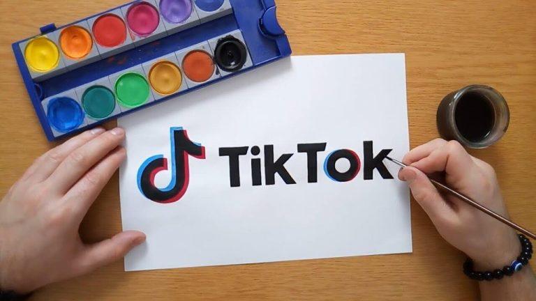 Tik Tok là một ứng dụng trên điện thoại còn được gọi là Douyin trong tiếng Hán Việt