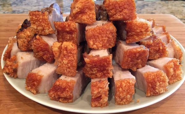 Cách làm thịt ba chỉ quay bì giòn ngon