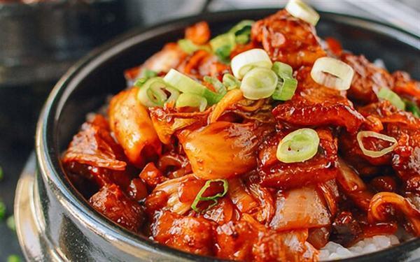 Cách nấu món thịt ba chỉ kho chua ngọt