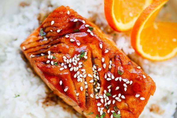 Cách làm món ngon cá hồi sốt cam tươi cho trẻ ăn dặm