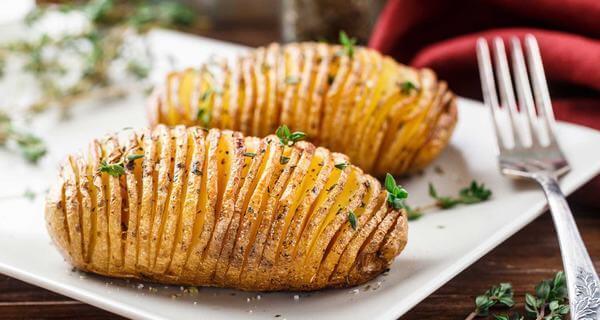 Khoai tây có chỉ số đường huyết giảm thấp, phù hợp cho những người đang ăn kiêng.