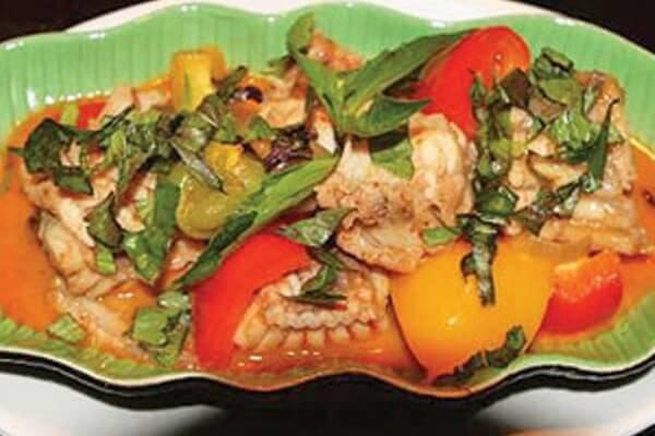 Cách nấu cá đuối cà ri đơn giản