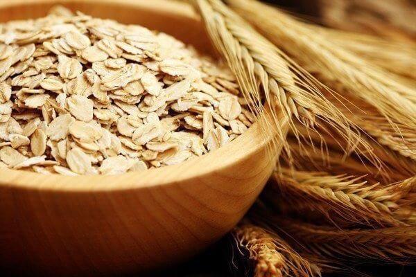 Yến mạch là một loại ngũ cốc nguyên hạt, được trồng chủ yếu ở vùng Bắc Mỹ và Châu Âu