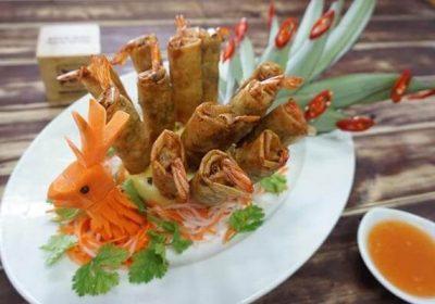 15+ cách trang trí món ăn bằng dưa leo, cà chua, cà rốt đẹp mắt, cách trang trí món nem rán đơn giản