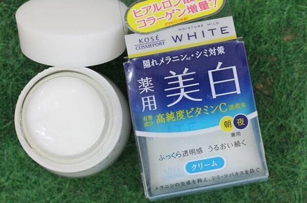 Kem dưỡng ẩm da mặt của Nhật