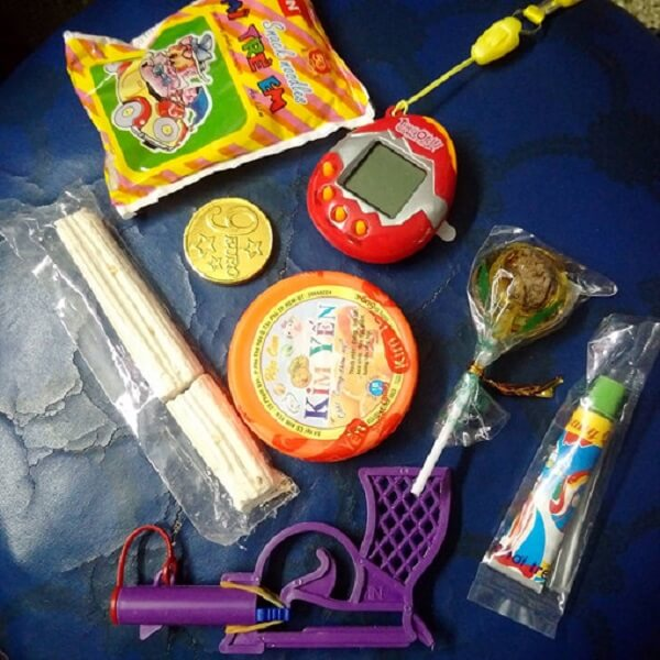 Nhiều loại đồ chơi huyền thoại tuổi thơ 8x từng giành giật nhau