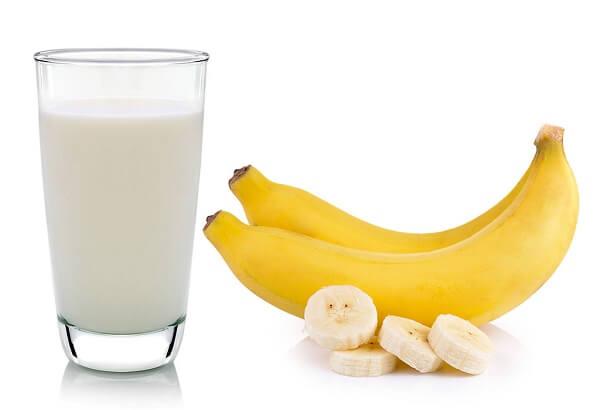 Thực đơn ngày 4: 8 quả chuối và 3 cốc sữa