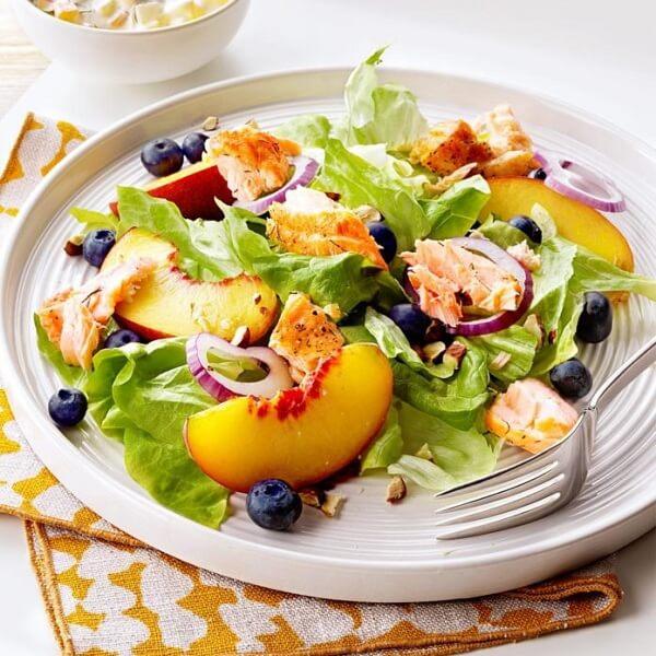 Thực đơn giảm cân ngày 7: Rau, trái cây và cơm gạo lứt