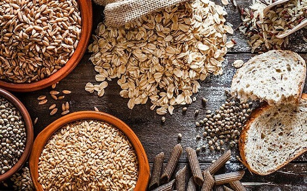 Ngũ cốc nguyên hạt, đậu đỗ, gạo còn vỏ cám, rau củ