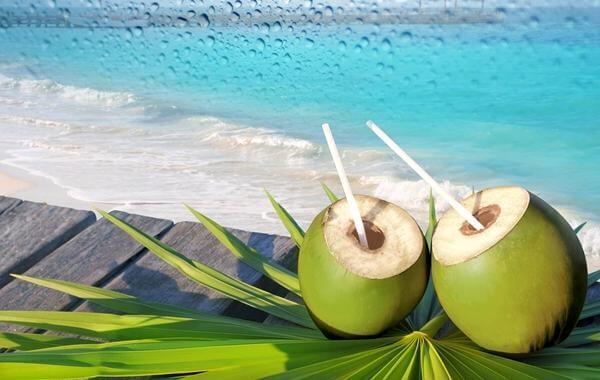 Bị tiểu đường có ăn được cua, tôm, mực hải sản không, có uống được nước dừa không?