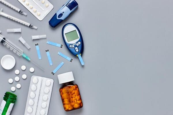 Dùng thuốc điều trị chứng tiểu đường