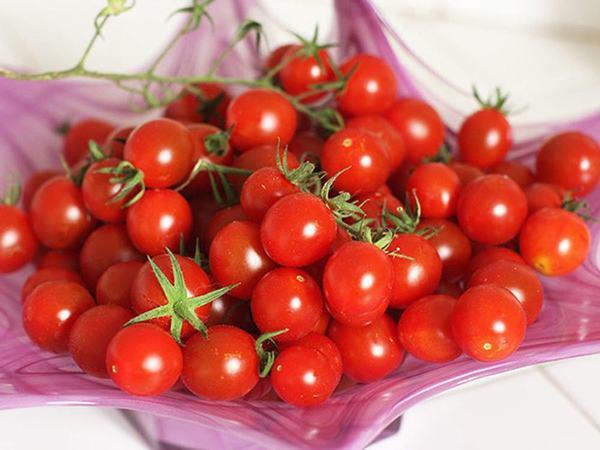 Cà chua bi có nguồn vitamin và khoáng chất vi lượng phong phú (