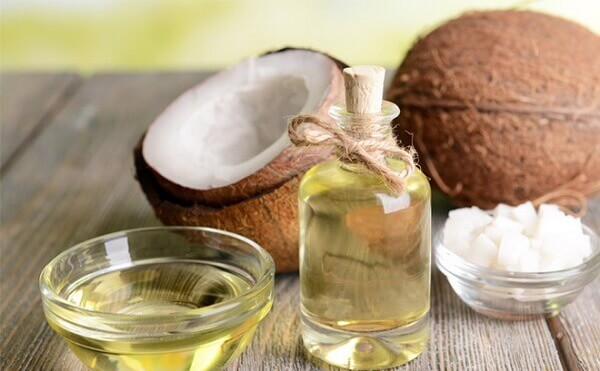 Những thành phần tự nhiên có trong dầu dừa