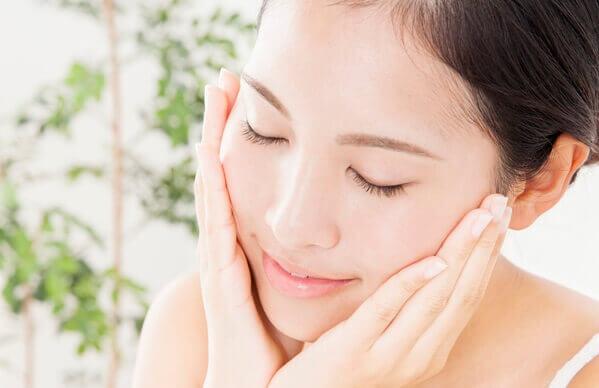 Dầu dừa có những tác dụng tuyệt vời trong việc chăm sóc làn da