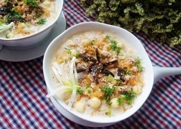 Cách nấu cháo hạt sen khoai tây