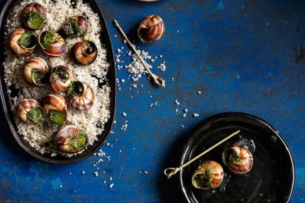 10 món ngon từ ốc dễ làm, cách chế biến các loại ốc ngon như ốc móng tay, ốc bươu vàng, ốc hương, ốc len xào dừa