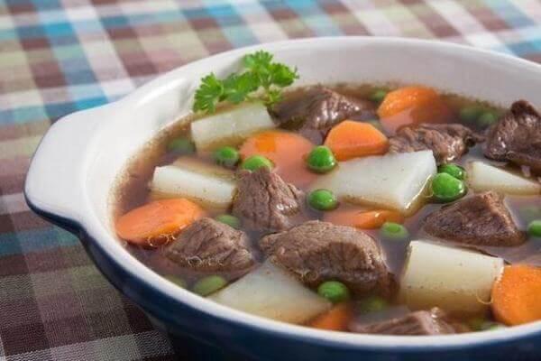 Cách nấu thịt trâu hầm rau củ quả ngon ngọt bổ dưỡng