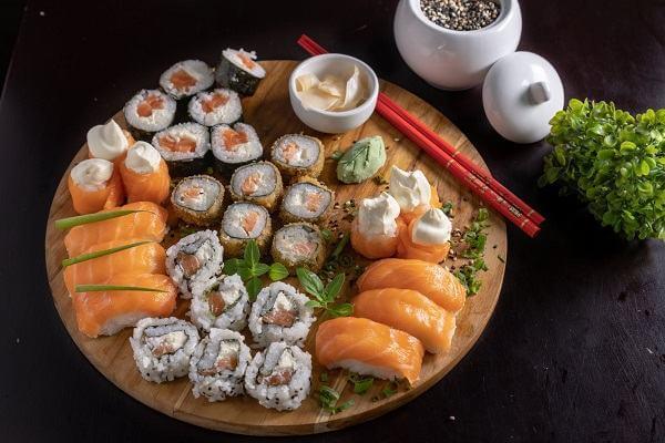 10 món ngon từ trứng cá, trứng cá ngừ, cá chép, trứng cá chuồn làm món gì ngon?