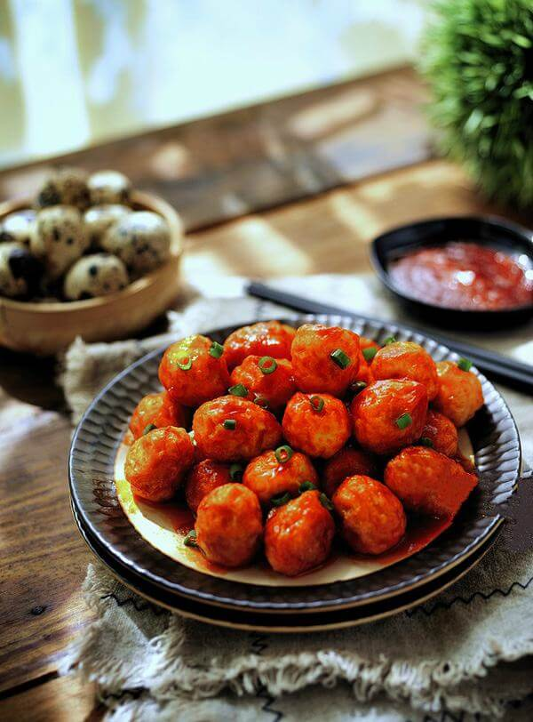 Cách làm trứng cút sốt chua ngọt ngon khó cưỡng