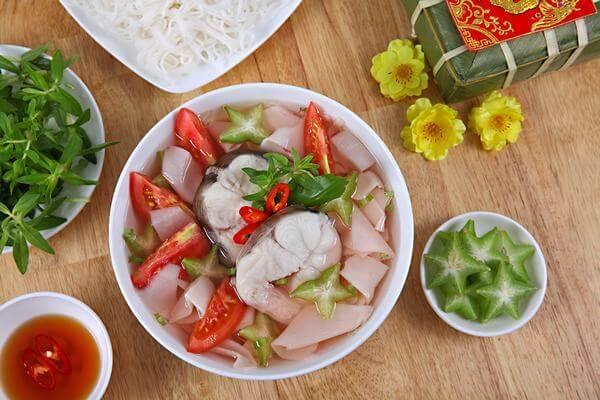 Cách nấu canh cá lăng với măng chua