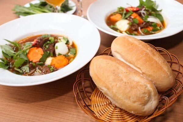 Cách nấu bò kho bánh mì cà rốt ngon mềm