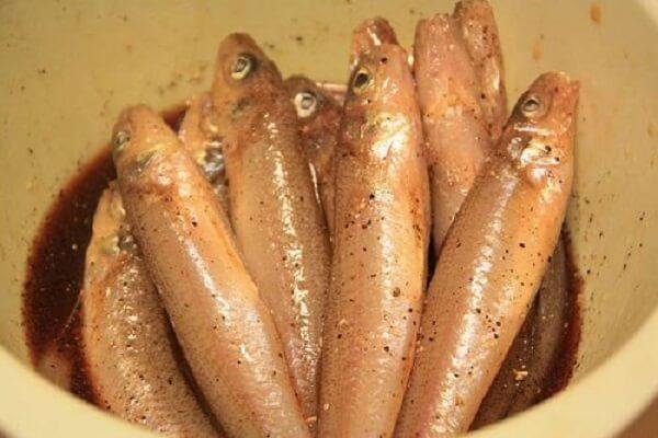 Cách làm cá bống kho tiêu, kho tộ ngon cơm gia đình