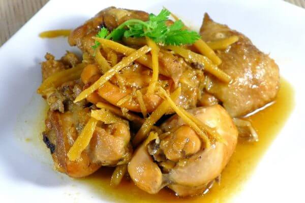 Món thịt gà rang gừng thích hợp ăn với cơm