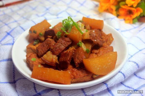 Cách Làm Thịt Kho Củ Cải Trắng - Thịt Heo Ba Chỉ Kho Củ Cải
