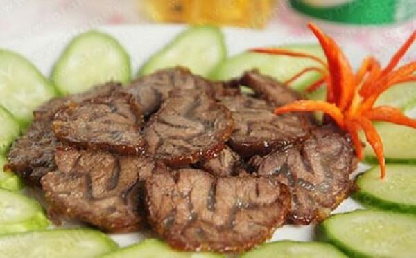 Món thịt bắp bò kho gừng là một trong những món ăn đặc trưng ẩm thực đất Bắc