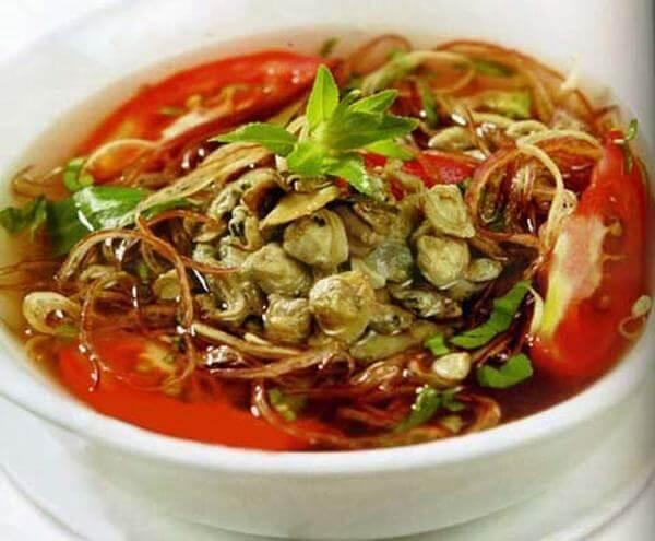 Cách làm món canh hến nấu hoa chuối
