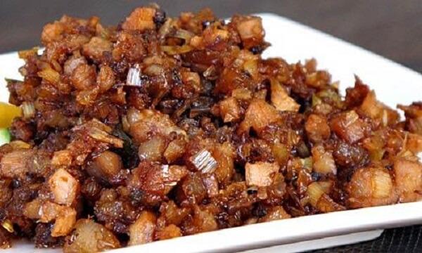 Đậm đà vị cơm với món thịt kho ruốc sả
