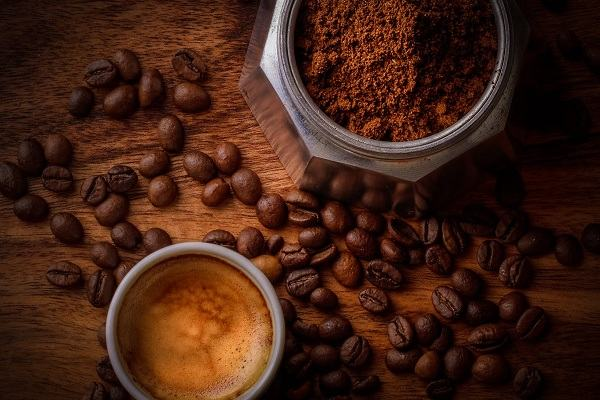 Uống cafe mỗi buổi sáng có tốt không, uống cà phê nhiều mỗi ngày có ảnh hưởng gì không?