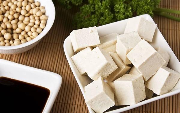 Cách làm đậu hũ, tàu hủ non nước đường bằng Gelatin, bằng đậu nành (không dùng thạch cao) siêu công thức chuẩn