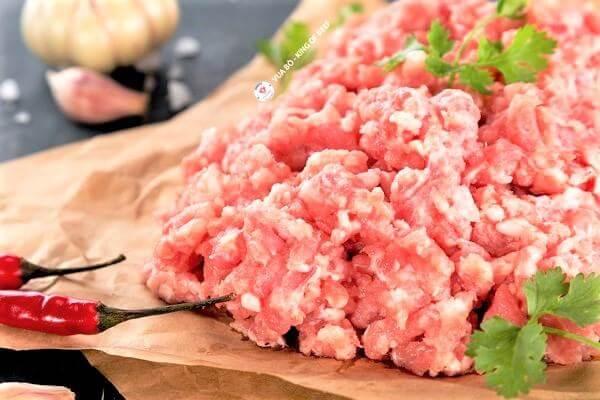 Thịt lợn nằm trong nhóm thịt đỏ sở hữu hàm lượng protein cao