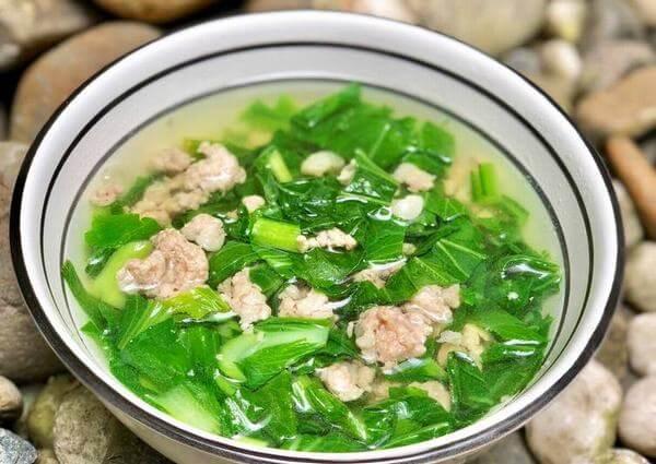 Canh cải nấu thịt lợn băm nhanh gọn