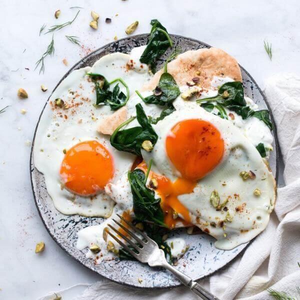 Chất sắt có khá nhiều trong trứng gà, trứng vịt