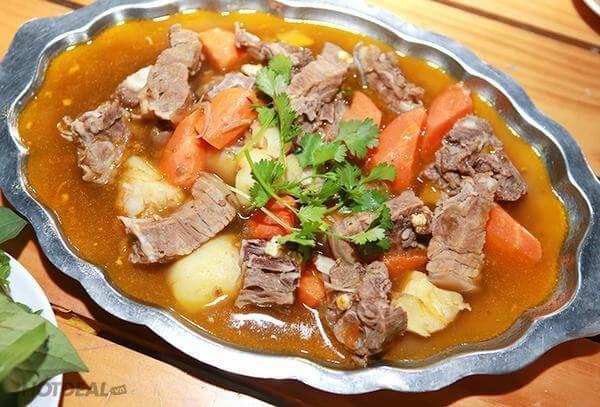 Cách nấu thịt dê hầm ngũ vị ngon xuất sắc.