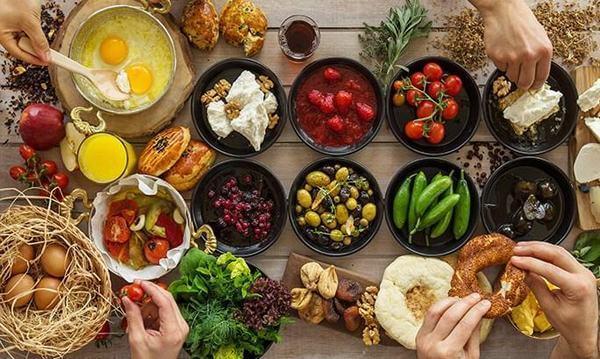 Mỗi ngày chúng ta cần 0.8 gam protein trên 1 kg khối lượng cơ thể