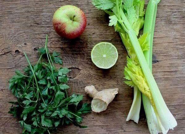 Các loại rau có lá xanh thẫm 17.707 IU vitamin A