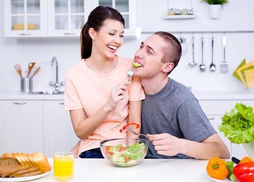 Top 5 thực phẩm nên ăn và 3 thực phẩm cần tránh để tăng sinh lý cho cả nam và nữ