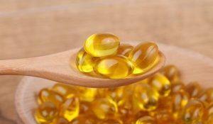 Viên uống vitamin e có bôi mặt được không, có bắt nắng không, ngày nào cũng bôi vitamin e được ko?