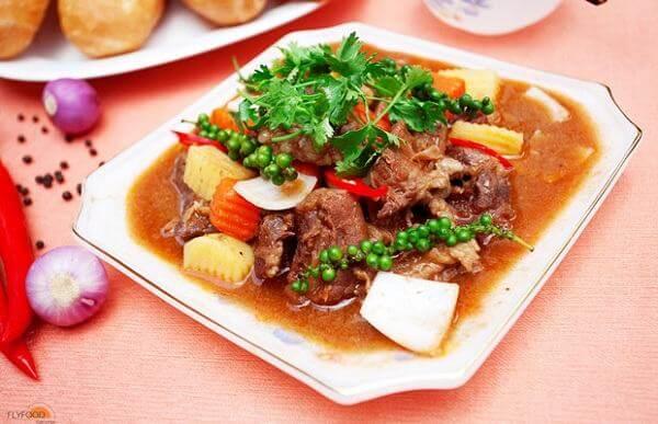 Bò nấu tiêu xanh