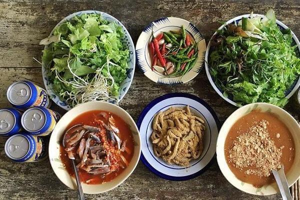 6 quán ăn, món ngon Quận 9, Địa điểm ăn uống ở Quận 9: gỏi vịt, cơm tấm, lẩu dê, bún bò...