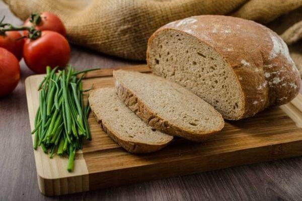 5 tác dụng của bánh mì đen giảm cân, 5 cửa hàng bán bánh mì đen tại Tphcm ngon và rẻ nhất